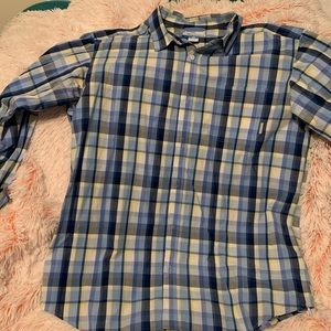 Men's  button down Plaid Columbia shirt